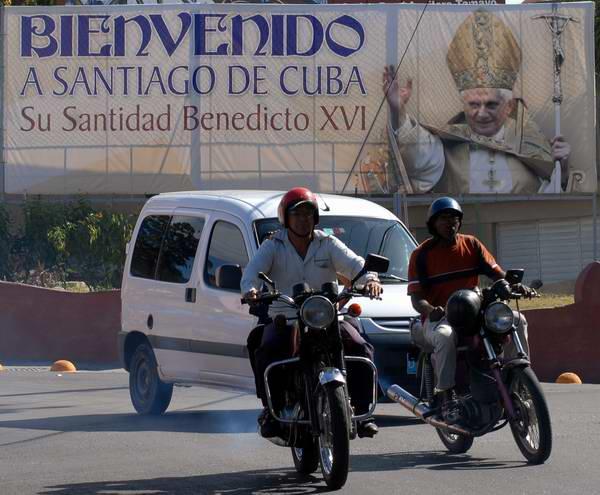 Santiago de Cuba abre sus puertas al Papa Benedicto XVI. Foto:Carlos Sanabia Marrero / Radio Rebelde