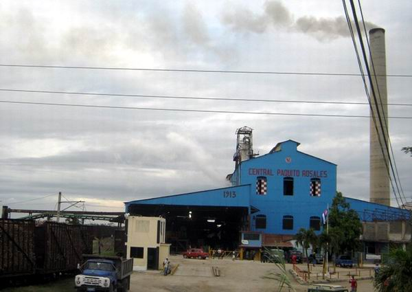 Comenz� la zafra azucarera en Santiago de Cuba